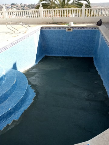 Pool Repairs in La Marina Alicante